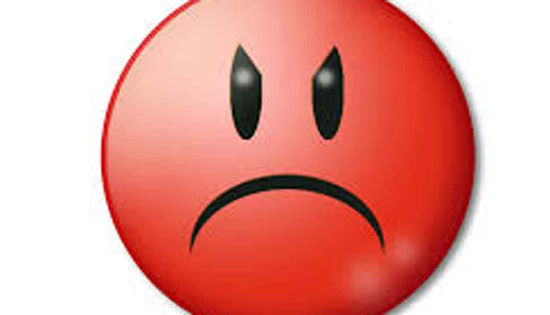 Imagen destacada de emoticono enfadado con cara roja