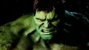Hulk personaje de la película de Marvel, imagen en primer plano, cabreado