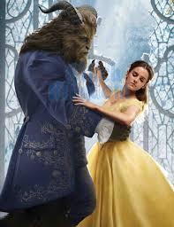 la bella y la bestia bailando, escena de la pelicula digital