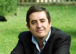Luis García Montero, poeta y adaptador de la Orestiada