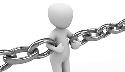 icono humano sujetando cadena
