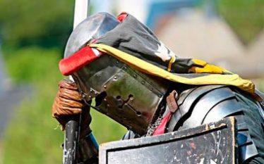 caballero medieval derrotado
